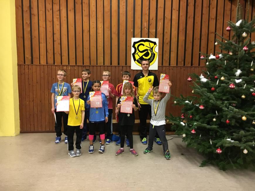 3. mini-Meisterschaften im Tischtennis beim TSV Rottenbauer Bild 8