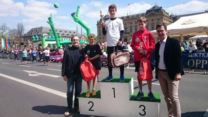 Platz 1 für Dennis Deppner beim No-Limits-Lauf 2017 (Residenzlauf)