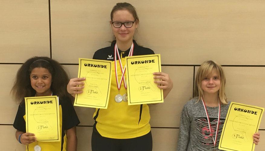 Schülerinnen-Team der Tischtennis-Jugend vom TSV Rottenbauer